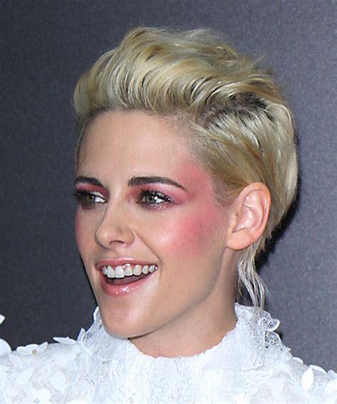 kristen stewart formal short wavy hairstyle light blonde