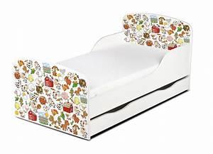 Kinderbett Matratze 140x70 : holzbett kinderbett 140x70 mit matratze schublade nutztiere ~ Frokenaadalensverden.com Haus und Dekorationen