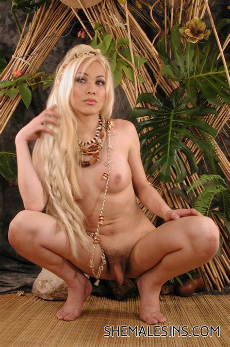 Skinny Blonde Shemale Posing Nude Photo