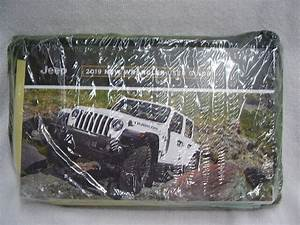 2019 Jeep Wrangler Owners Manual Set Factory Sealed
