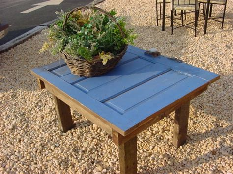 14 Coffee Tables Made From Old Doors Cast Iron Coffee Table Rv Tables Baby Changing Dresser With Stone Top Kitchen Storage Underneath Wood Picnic For Sale Navy Striped Runner Hydraulic Lift