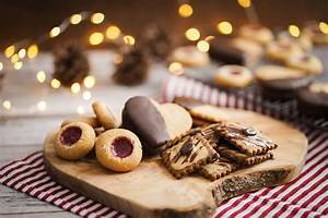 Plätzchen Ohne Backen Weihnachten : sallys rezepte bunter pl tzchen teller engelsaugen nougatherzen und kaffeetaler backen ~ Orissabook.com Haus und Dekorationen