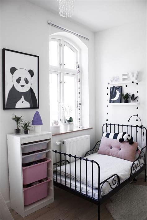 chambre bébé noir et blanc decoration chambre bebe fille et gris 14 le blanc