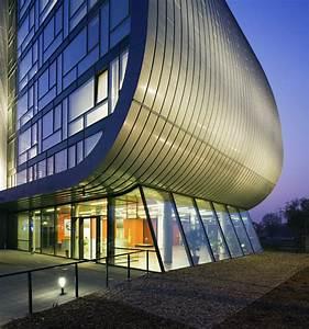 Vik U00e1r  U0026 Luk U00e1cs Architects  Hungarian Autoklub Headquarters