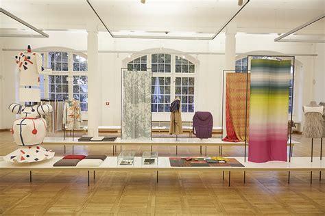 Bauhaus Ausstellung Berlin by Textil Ausstellung Im Bauhaus Archiv In Berlin Verl 228 Ngert