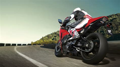 2015 Honda Cbr1000rr Review / Specs / Pictures / Videos