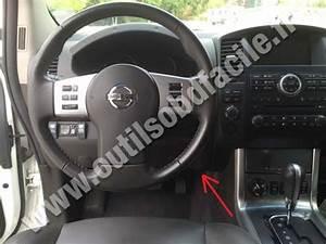 Prise Obd2 Dans Les Nissan Navara  Frontier D40  2004 - 2010