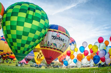 Up, Up and Away in Taitung - Taiwan International Balloon ...