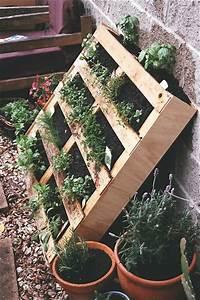 Vertikaler Garten Selber Bauen : vertikaler garten und blumenbeet anlegen diy aus europaletten ~ Indierocktalk.com Haus und Dekorationen