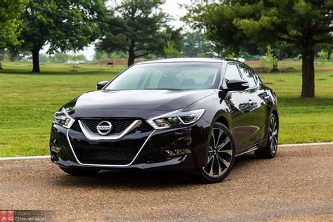 2016 Nissan Maxima Review  Four Doors Yes, Sports Car No