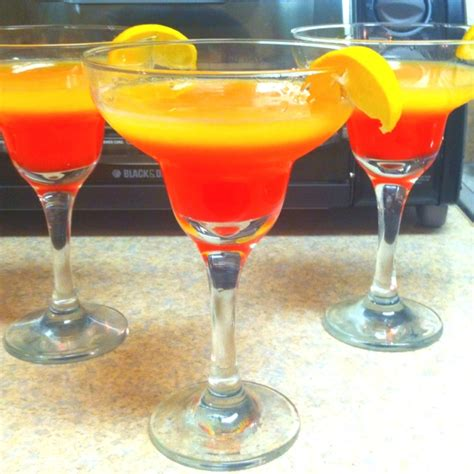 fruity cocktails fruity mixed drink sweets and drinks pinterest