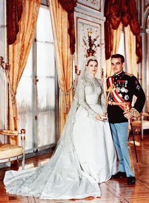 royal families   beautiful royal wedding dress