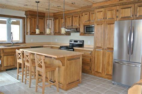 armoire de cuisine en pin armoire de cuisine rustique recherche cuisine
