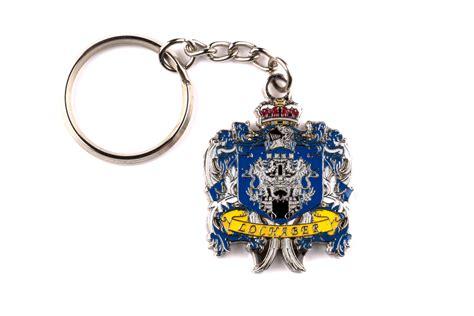 custom  key chains bespoke keyrings keyring maker