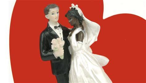 photo de mariage mixte les mariages mixtes repr 233 sentent 27 des unions c 233 l 233 br 233 es