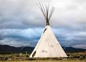 Zelt Der Indianer : indianer tipi stockfoto sopotniccy 106993624 ~ Watch28wear.com Haus und Dekorationen
