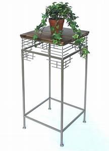 Blumenständer Metall Modern : blumenhocker beistelltisch mit holzablage aus metall geschmiedet sehr dekorativ und modern ~ Yasmunasinghe.com Haus und Dekorationen