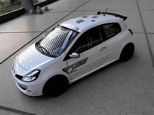 Voiture Clio 3 : renault clio 3 rs miniature f1 team blanc glacier solido 1 18 voiture ~ Gottalentnigeria.com Avis de Voitures