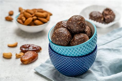 Bake Brownie Energy Balls Are The Perfect Clean Eating