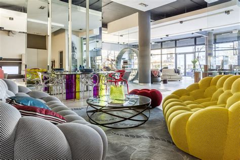 The Mother City Welcomes Roche Bobois