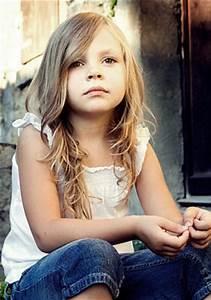 Coupe De Cheveux Fillette : 28 best images about coupe enfant on pinterest bobs ~ Melissatoandfro.com Idées de Décoration