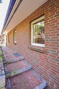 Einfamilienhaus Mit Garage : verkauft gro es einfamilienhaus mit integrierter ~ Lizthompson.info Haus und Dekorationen