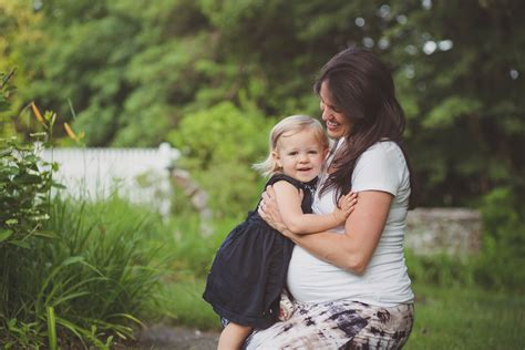 Maternity Session Guilford CT   McGowan Family - Maler ...