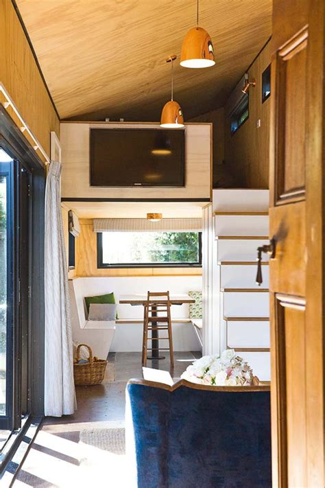 thinking   box   sqm container house