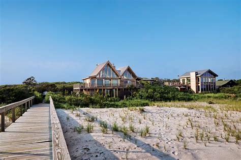 Beach House : Inside Michael Kors' Long Island Beach House-pursuitist