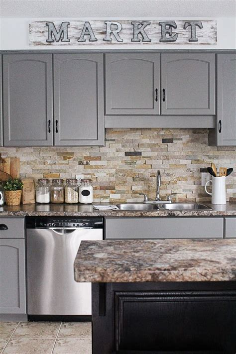 how to paint kitchen cabinets step by step 1000 ideas about painting kitchen cabinets on