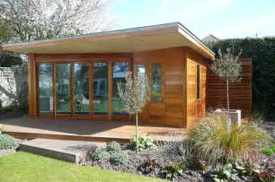 pictures summer house plans 1000 images about summerhouse ideas on summer