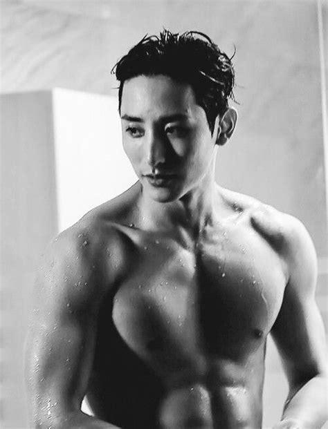 sexy  shirtless korean hunks   thankful