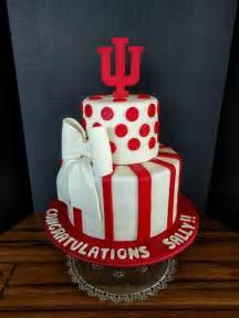 iu college graduation cake cakecentralcom
