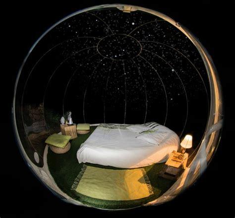 chambre bulle dans la nature attrap rêves un hôtel insolite au milieu de la nature