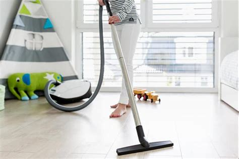best cleaning machine for laminate floors discover top 5 best vacuum for laminate floors reviews april 2018 update