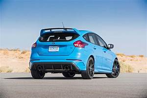 Ford Focus 3 Rs : 2016 ford focus rs first test driving ford 39 s 350 hp awd hot hatch motor trend canada ~ Dallasstarsshop.com Idées de Décoration