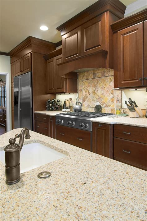 Kitchen Cabinet Crown Molding Kitchen Traditional With