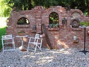 Steine Zum Bepflanzen : ruinenmauern mauerwerk garten klinker ziegelsteine bauen mauern ruine buchsteine kert ~ Eleganceandgraceweddings.com Haus und Dekorationen