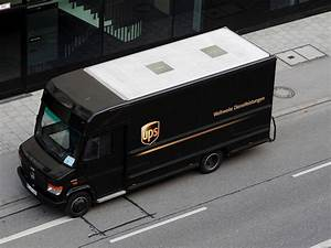 Ups Zustellung Verpasst : mb transporter im einsatz f r ups bei der zustellung in der m nchener innenstadt 170310 ~ Watch28wear.com Haus und Dekorationen