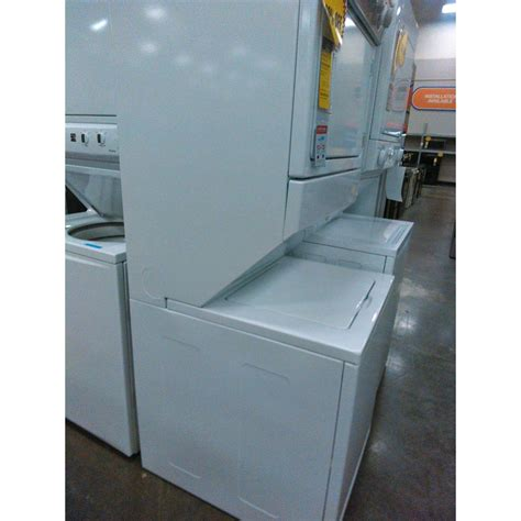 whirlpool wgt4027ew 27 quot size gas stacked laundry whirlpool wgt4027ew 27 quot size gas stacked laundry unit white sears outlet
