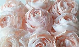 Doudou En Tissu à Faire Soi Même : comment faire des fleurs en tissu en 4 tutoriels originaux ~ Nature-et-papiers.com Idées de Décoration