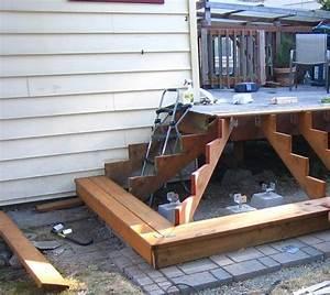Geländer Holz Terrasse : gartentreppe holz bauen beispiel terrasse l form stufen unser garten in 2019 gartentreppe ~ Watch28wear.com Haus und Dekorationen