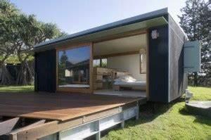 Extension Maison Préfabriquée : maison contemporaine photos de maisons contemporaines ~ Melissatoandfro.com Idées de Décoration