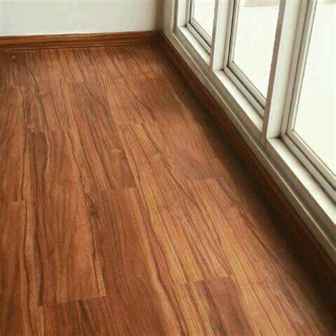del ren  jual  pasang lantai kayu dinding tembok