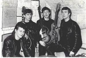 Beatles at the Cavern in 1961 – Flavorwire