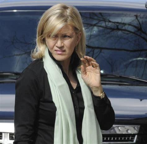 actress died in skiing accident british actress natasha richardson dies after skiing
