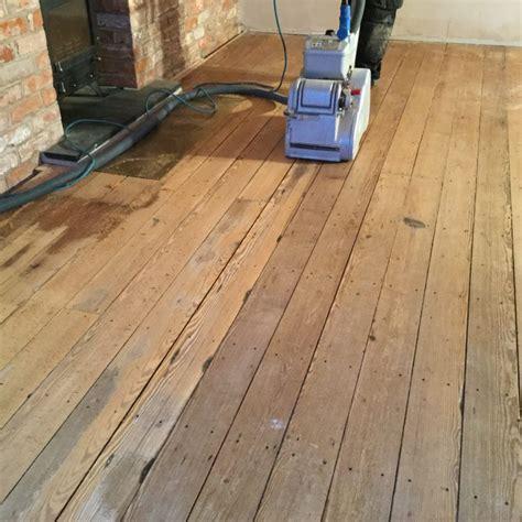 sanding   pitch pine floor chester wood flooring