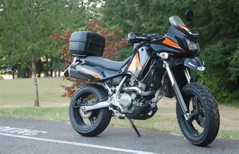 What Is The Best Dual Sport Motorcycle That Is More Street