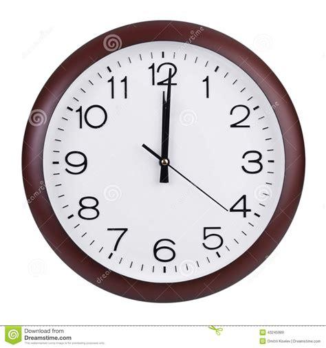 pendule de bureau midi sur le cadran de l 39 horloge ronde image stock image