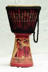 Djembé Pas Cher : djembe 3831 vente de djemb pas cher djemb moyen du ghana ~ Teatrodelosmanantiales.com Idées de Décoration